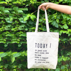 Tote bag with quote